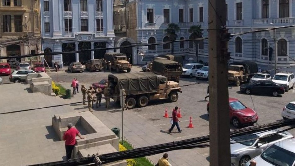 Armada aclara presencia de infantes por el centro de Valparaíso