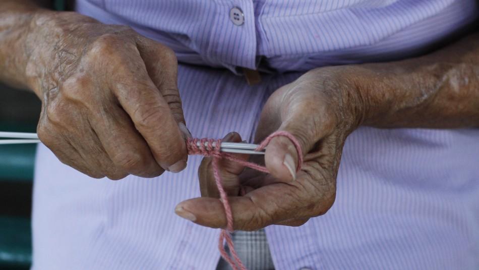 Diputados aprueban indicación que busca aumentar en un 50% la Pensión Básica Solidaria