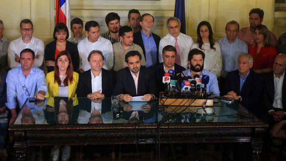 Oposición tras acuerdo para nueva Constitución: