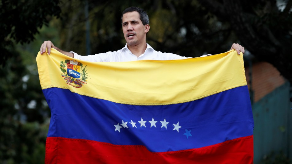 Parlamento venezolano autoriza uso de millonario presupuesto bajo control de Guaidó