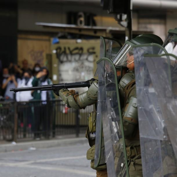 Carabineros en 2012 alertaba sobre gravedad de lesiones por escopetas antidisturbios