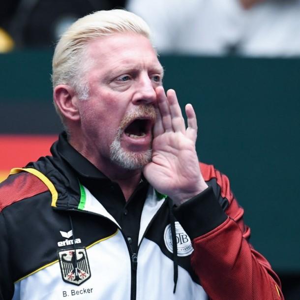 Boris Becker irrumpe en entrevista para felicitar a Barrios y Tabilo:
