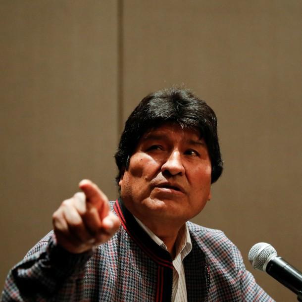 Evo Morales denuncia que aterrizaje forzozo de helicóptero fue por un atentado fallido