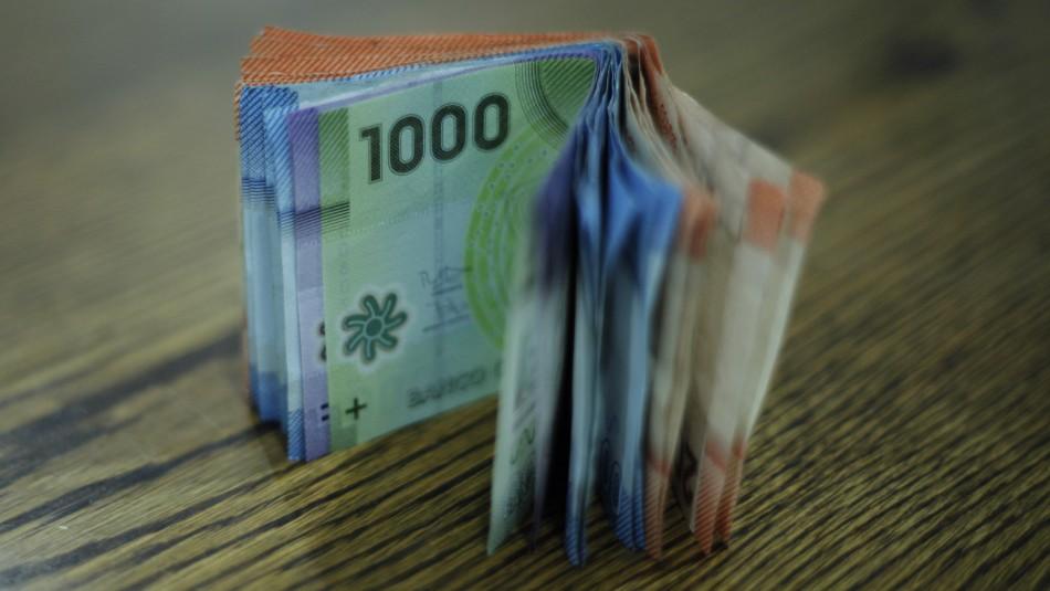 Bono Trabajo Mujer y Subsidio Empleo Joven: Más de $2 mil millones pendientes por cobrar