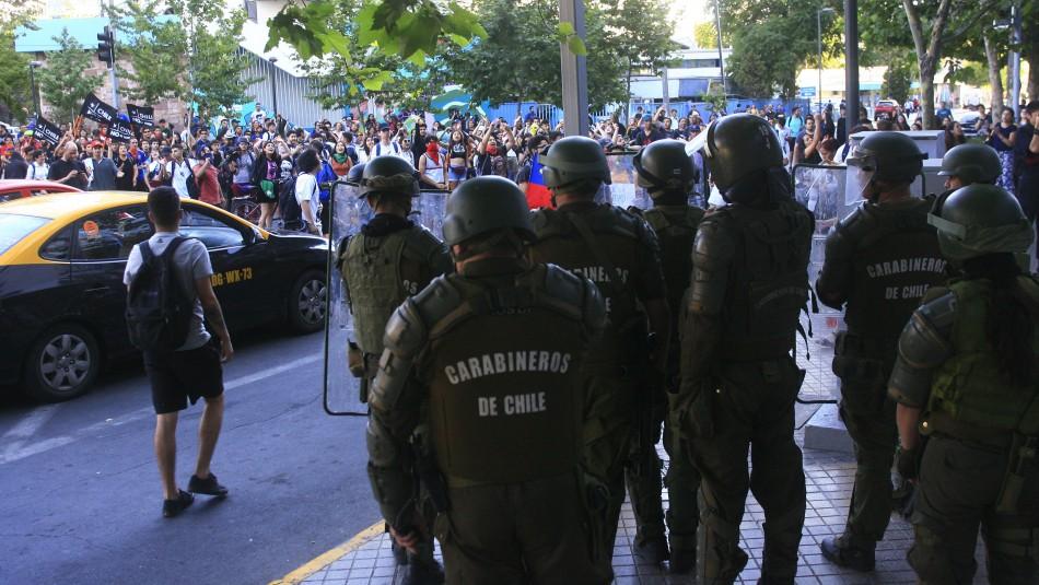 Manifestaciones, cortes de tránsito y barricadas en las cercanías del Costanera Center