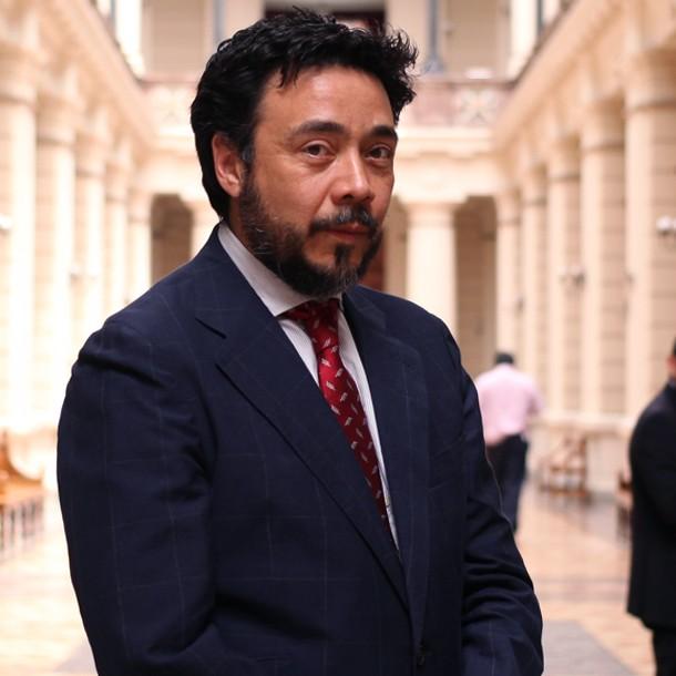 Ministro Mauricio Silva será el encargado de revisar la destitución del fiscal Emiliano Arias