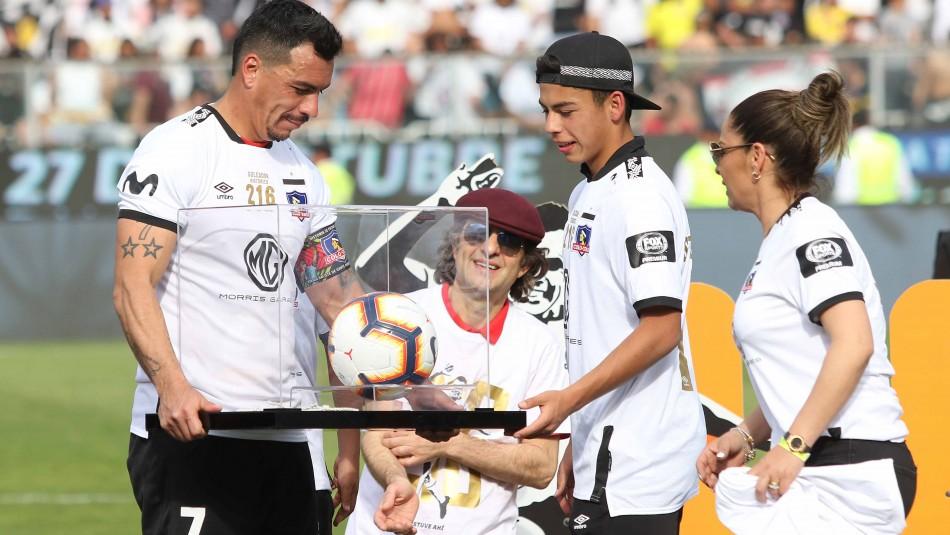 Esteban Paredes renovará por 6 meses más en Colo Colo para superar histórica marca de Caszely