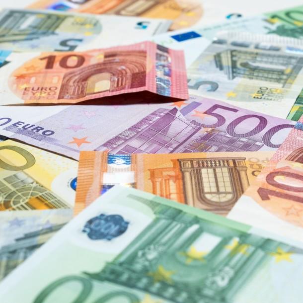 Valor del euro continúa a la baja por cuarto día consecutivo