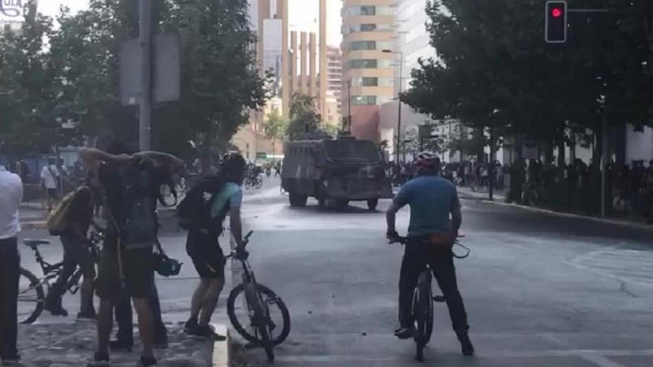 Manifestaciones y cortes de tránsito se registran en las afueras del Costanera Center