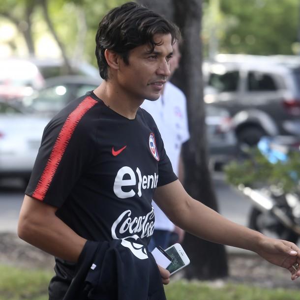 Colo Colo va por Matías Fernández y también por arquero de Universidad Católica