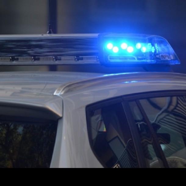 Falsos policías: Cuatro sujetos fueron detenidos tras intentar realizar un portonazo en Quinta Normal