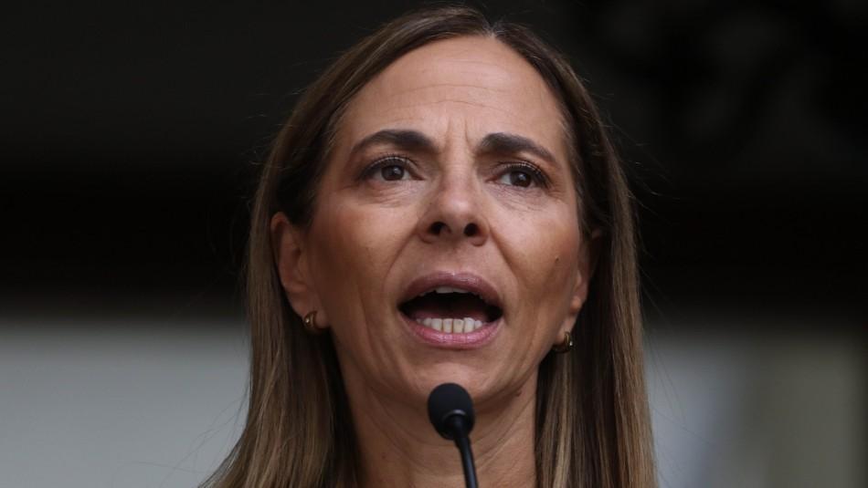 Ministra Plá y crisis social: