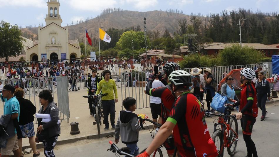 Gran número de peregrinos llega hasta el Santuario de Lo Vásquez