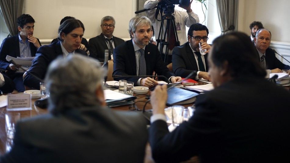 Senado reescribirá aspectos fundamentales del proyecto de ley Antisaqueos