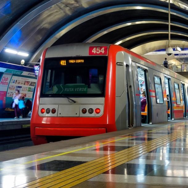 Metro de Santiago: Revisa los horarios de apertura y cierre para este martes 10 de diciembre