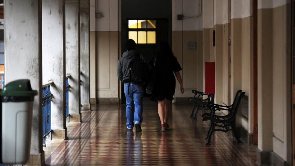 Gobierno busca condonar multas e intereses penales a deudores del CAE