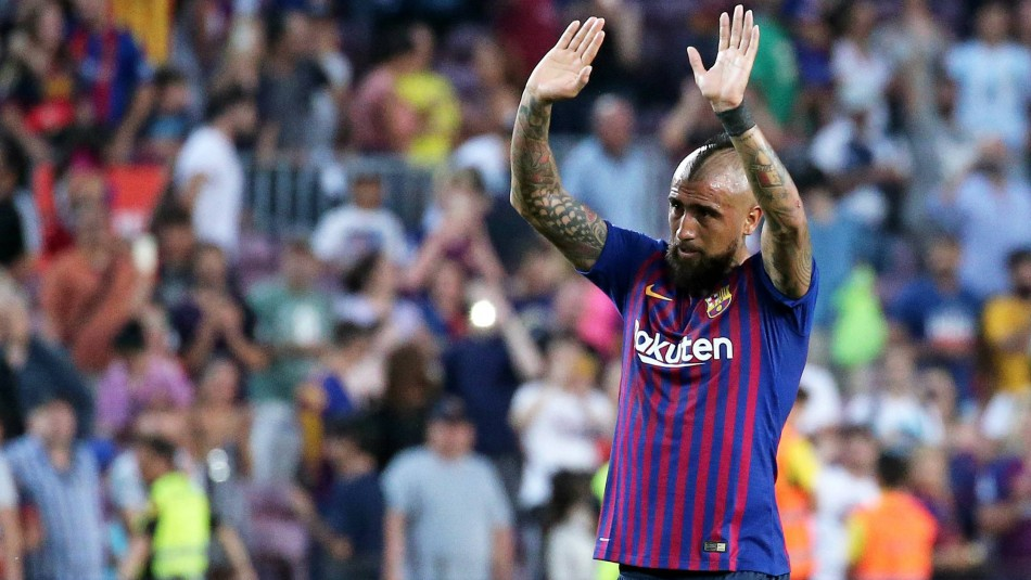 Presidente del Barcelona asegura que Vidal no dejará el club en enero: