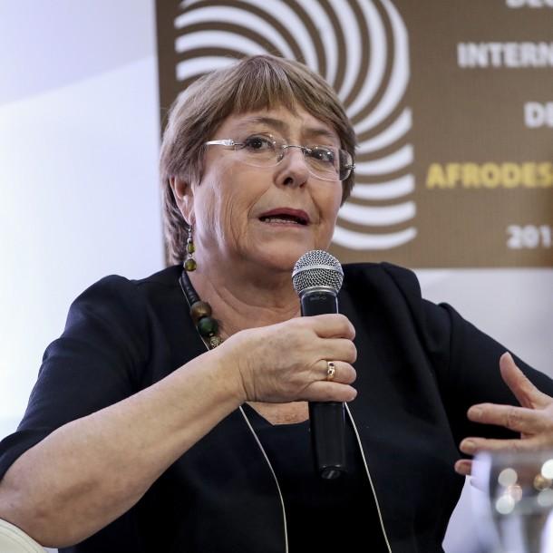 Increpan a Michelle Bachelet tras su participación en la COP25
