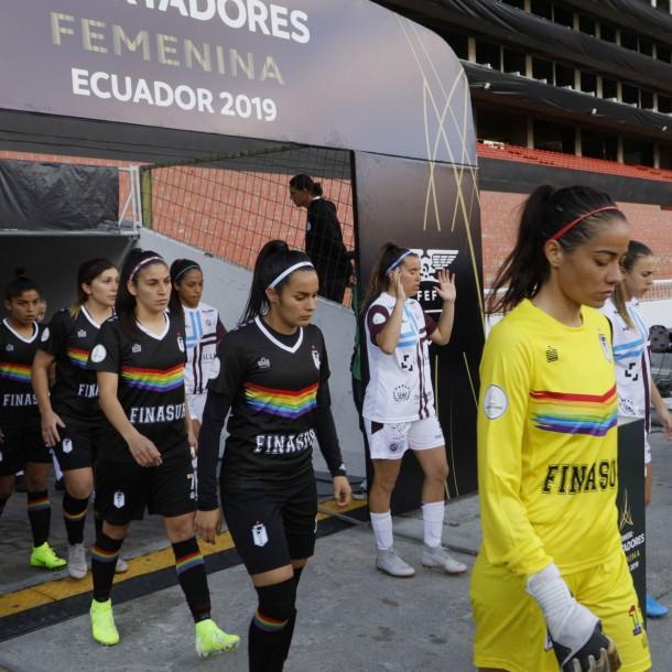 Santiago Morning campeón: Fútbol femenino acusa olvido de la ANFP