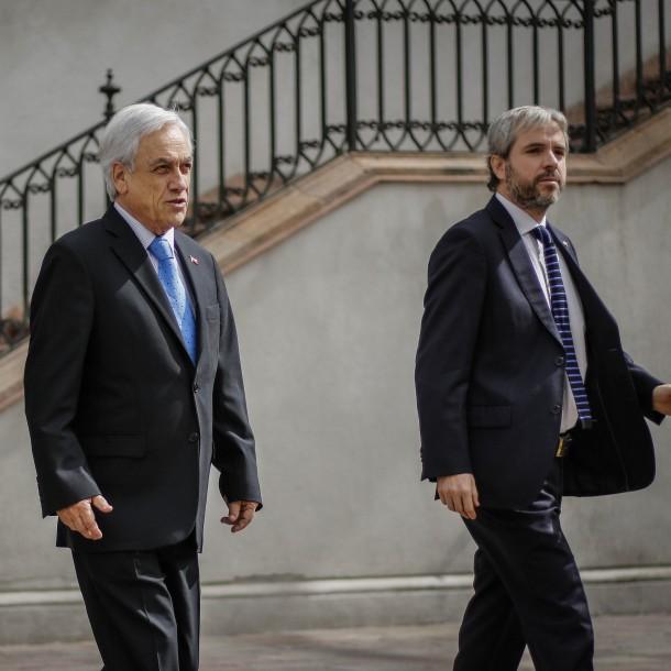 Presidente Piñera se traslada a Cerrillos para monitorear operativo de búsqueda de avión de la FACh