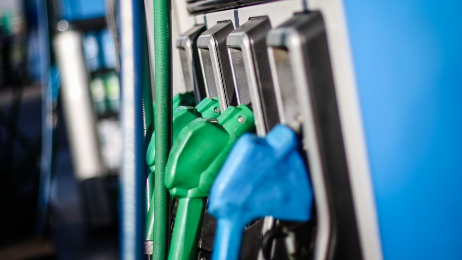 Las bencinas vuelven a subir este jueves por cuarta semana consecutiva