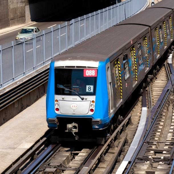 Metro de Santiago: Conoce los horarios de apertura y cierre para este viernes