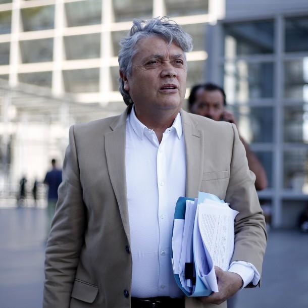 Senador Navarro presenta querella criminal contra Presidente Piñera