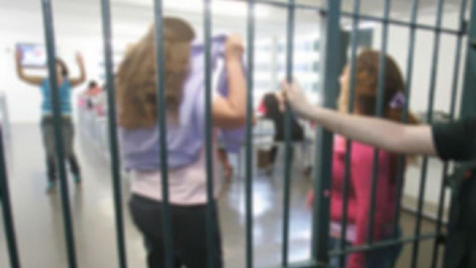 Denuncian a ginecólogo por torturas sexuales contra internas en centro penitenciario de San Joaquín