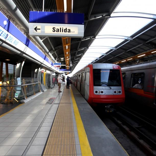 Metro de Santiago: Conoce el horario de funcionamiento para este domingo 15 de diciembre