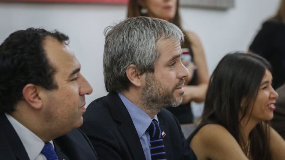 Gobierno anuncia mesa multisectorial para evitar ataques a comisarías