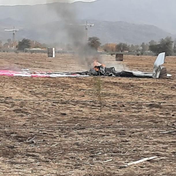 Avioneta cae y deja dos fallecidos tras incendiarse en aeródromo La Victoria de Colina