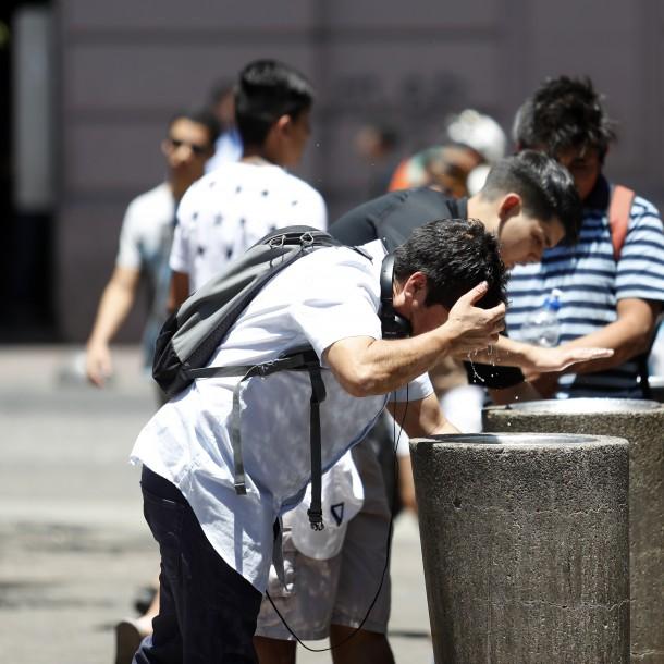 Meteorología vuelve a extender evento de altas temperaturas en siete regiones
