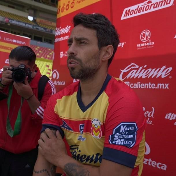 Jorge Valdivia tilda de