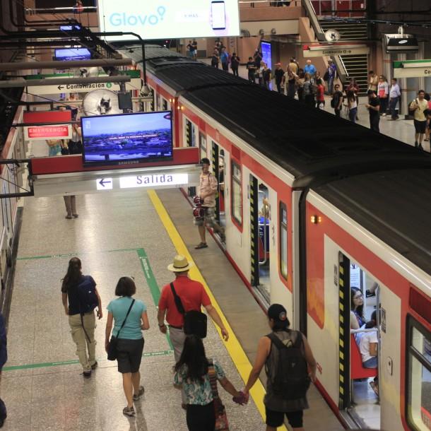 Metro de Santiago: Revisa los horarios de apertura y cierre para este domingo 19 de enero