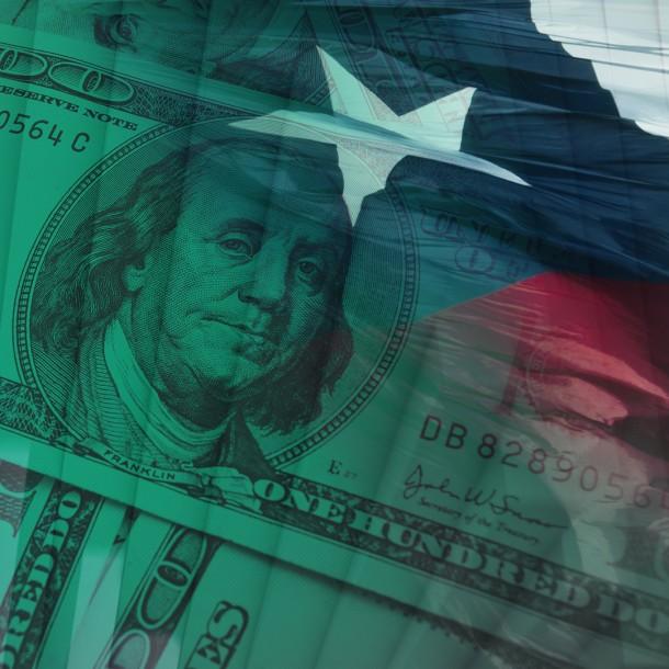 Dólar cierra al alza y termina la jornada sobre los $770