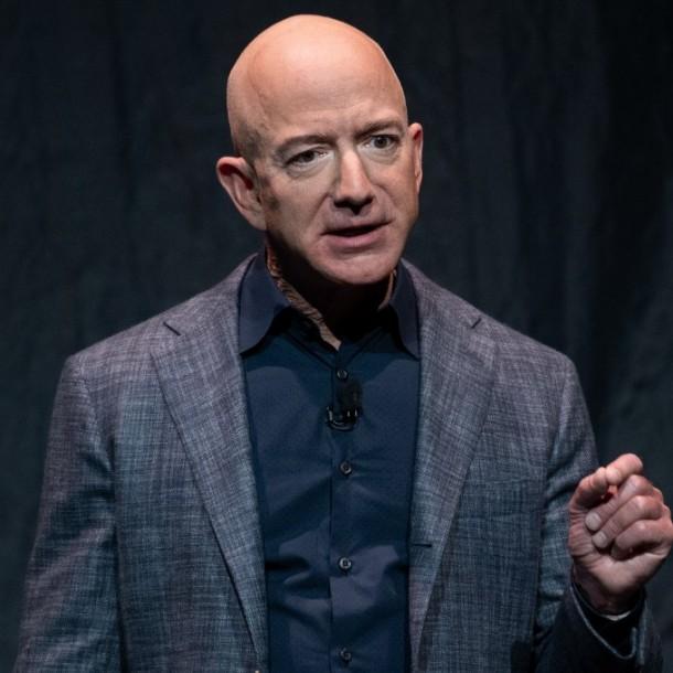 Teléfono de Jeff Bezos habría sido hackeado por príncipe heredero de Arabia Saudita