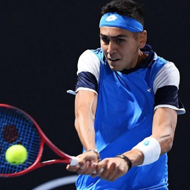 Los graves problemas económicos del tenista chileno Alejandro Tabilo: Reserva hotel por día