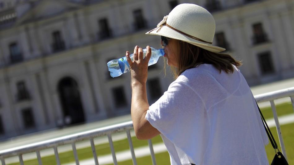 Hasta 35° en Pudahuel y Quilicura: Revisa cuánto calor hará este martes en tu comuna
