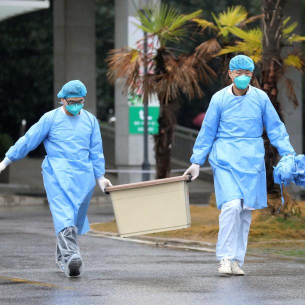 China confirma 77 nuevos casos de coronavirus y contagiados en el país suman cerca de 300