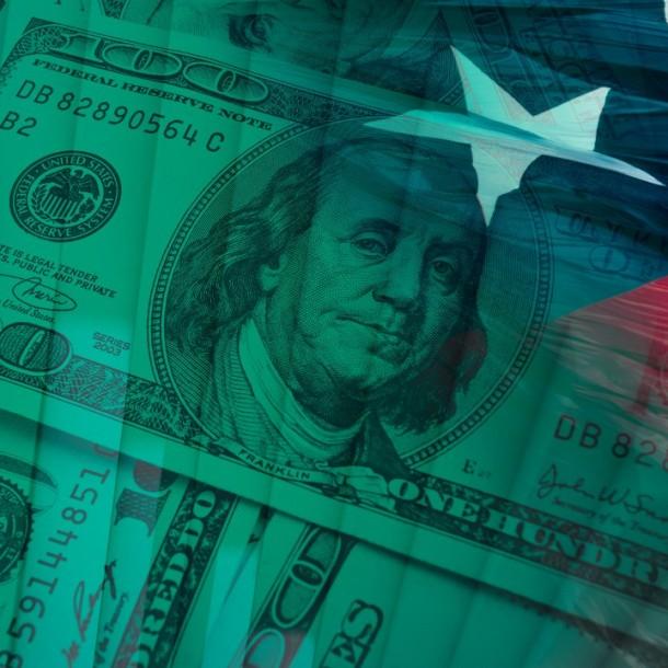 Dólar cierra a la baja pero se mantiene sobre los $770