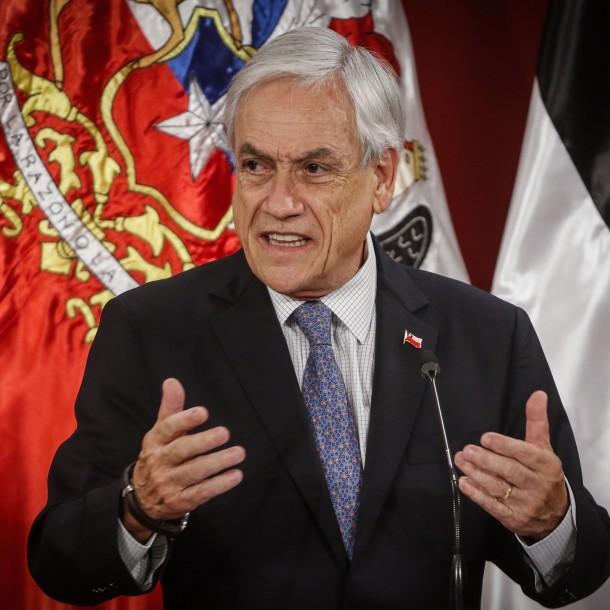 Encuesta Criteria: Piñera obtiene el 6,6% de aprobación y 77% apoya una nueva Constitución
