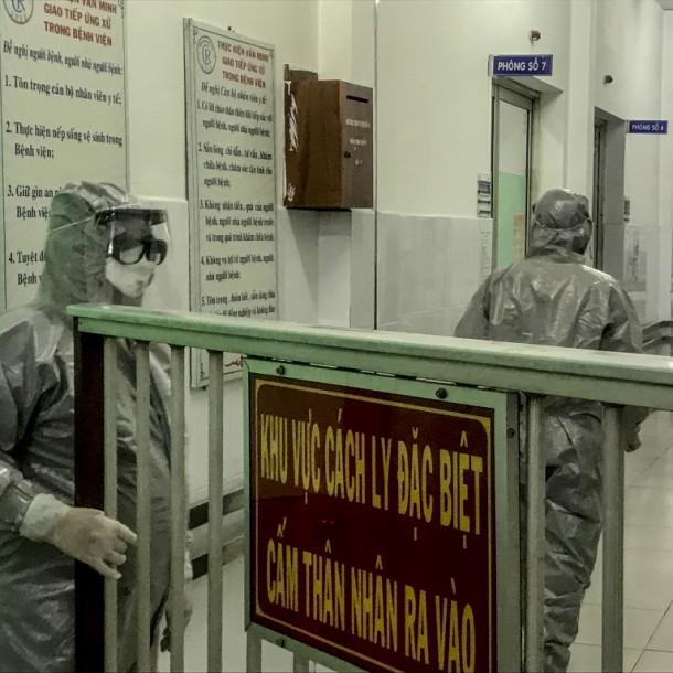 Coronavirus: China reporta fallecimiento fuera de zona de contagio y muertes llegan a 18
