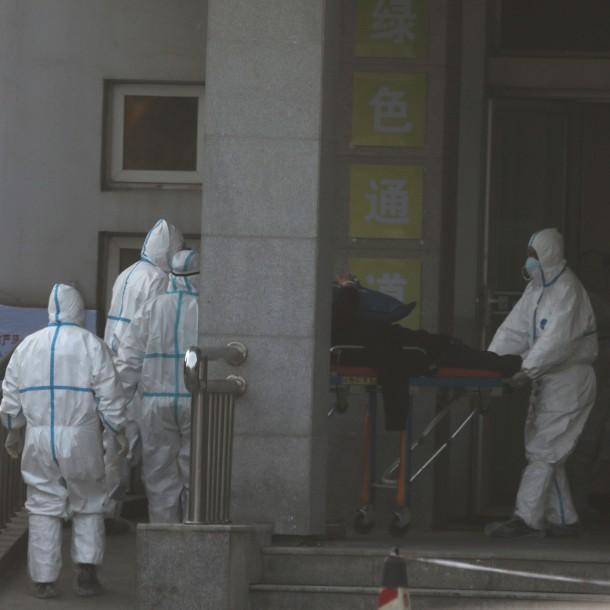 Aumentan a 25 los fallecidos a causa del coronavirus en China