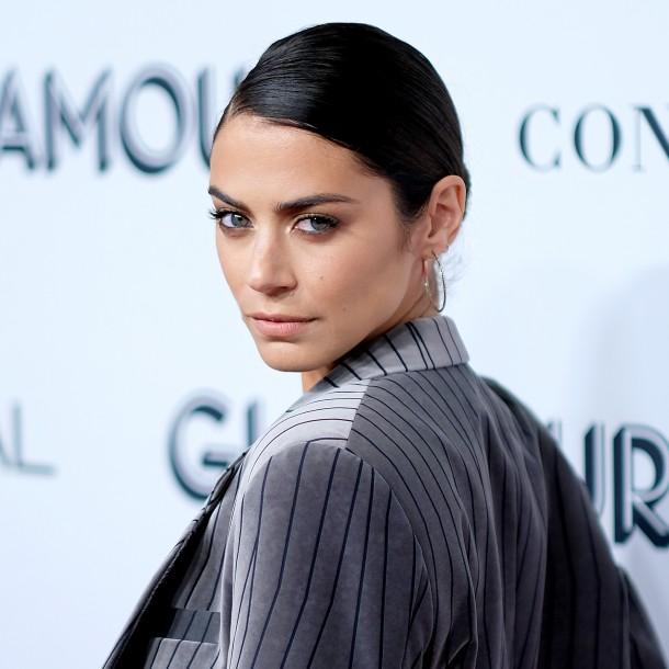 Actriz chilena Lorenza Izzo confirma relación con escritora estadounidense