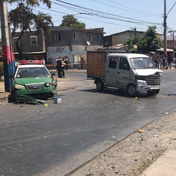 Mujer que era trasladada en radiopatrulla de Carabineros muere tras accidente en La Pintana