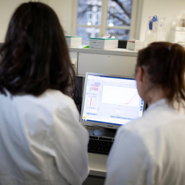 Confirman tercer caso de coronavirus en Estados Unidos