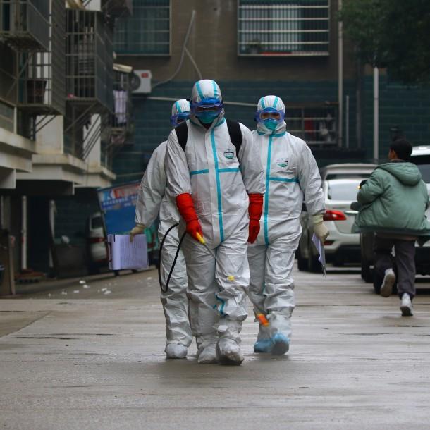 Aumentan a 80 las personas fallecidas por epidemia de coronavirus en China