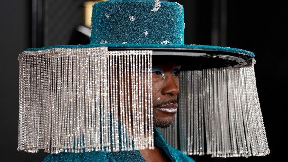 Billy Porter llegó a los Grammy con sombrero manejado a control remoto