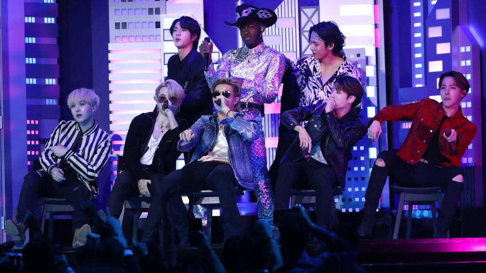 BTS sorprenden con presentación junto a Lil Nas X en los Grammy