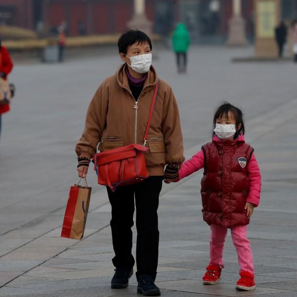 Trump ofrece ayuda a China para combatir el coronavirus: 81 muertos en país asiático